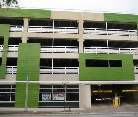 Downer Avenue Parking Structure